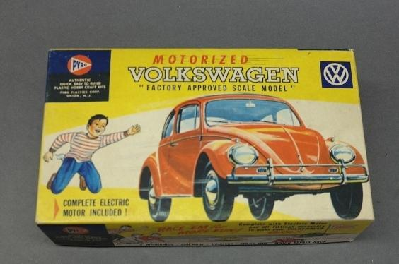 Vintage PYRO Motorized Volkswagon Model Kit