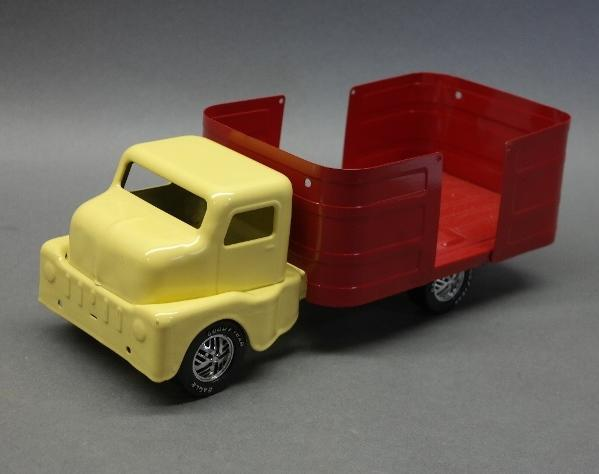Tru- Scale Yellow Pick up Truck- - Restored