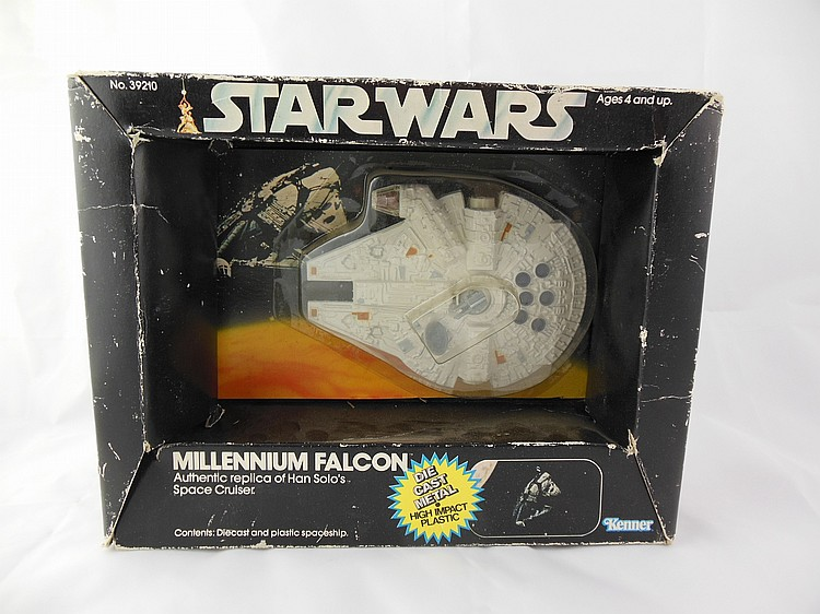 1979 Star Wars Kenner Millenium Falcon, In Package