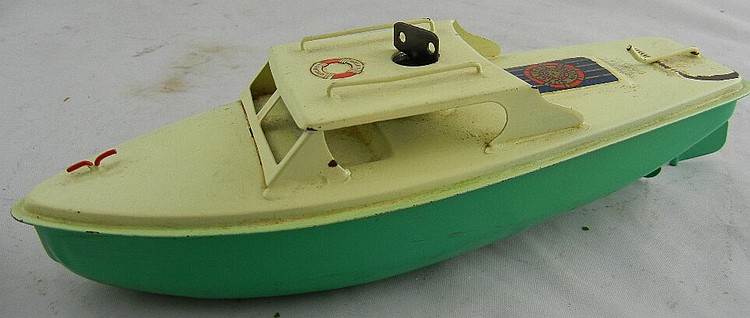 Sutcliffe Model Wind-Up Green and White Boat