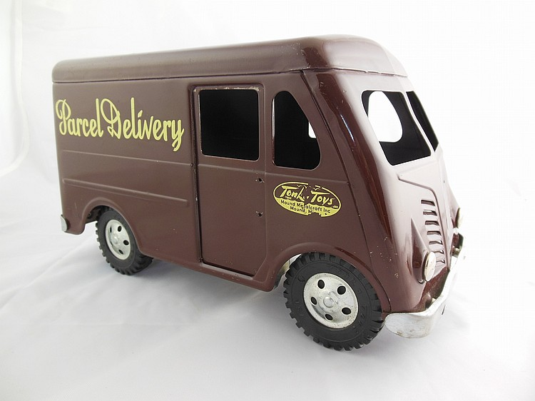 Tonka Toys Parcel Delivery Truck