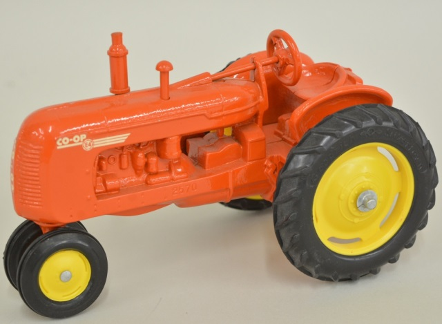 1/16 Scale Models Co-Op E4 NF Tractor