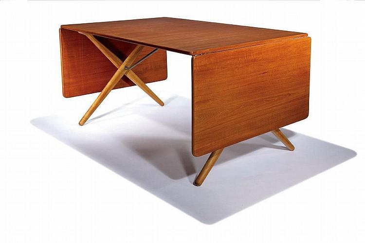 Hans J. Wegner, Drop-leaf dining table