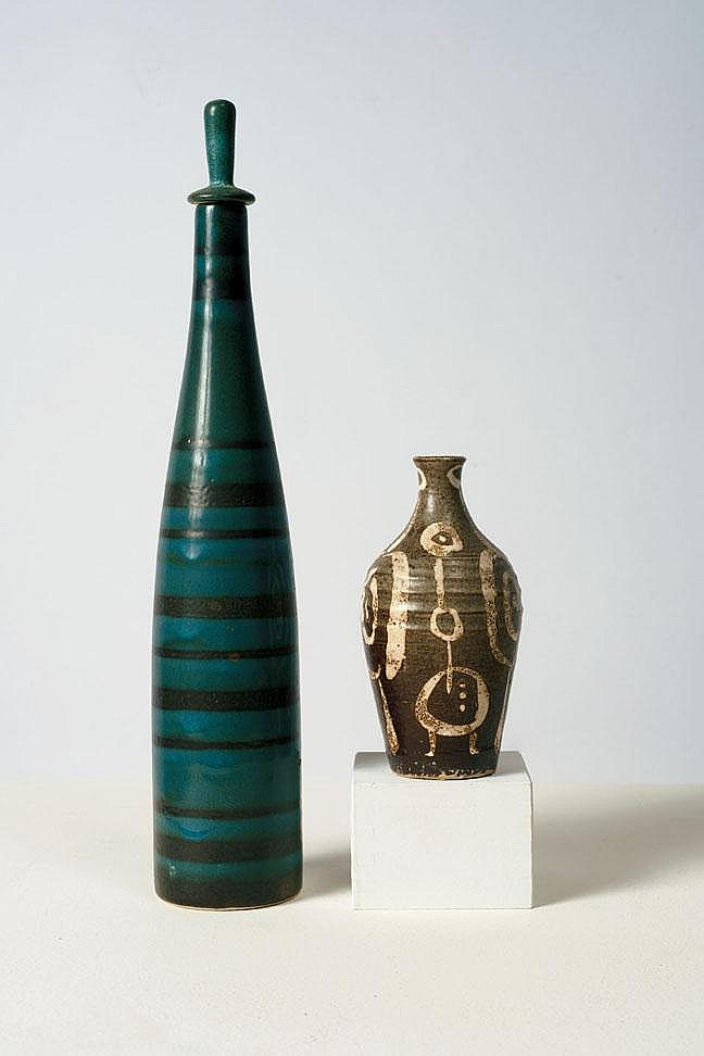 Jerry Ackerman bottle & associated vase