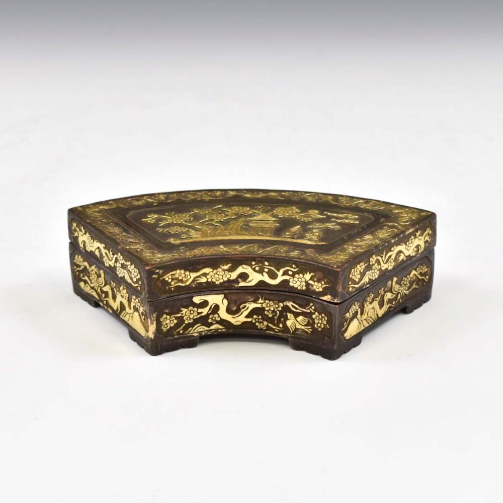 MING HUWENMING MARK GILT BRONZE BOX