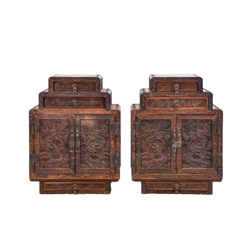 18TH C RARE PAIR OF HUANGHUALI WAISTLESS CABINETS