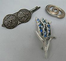 Lot of 4 fancy brooches, all hallmarked silver