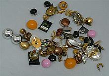 Lot 24 fashion jewelry earrings, 50-90er years
