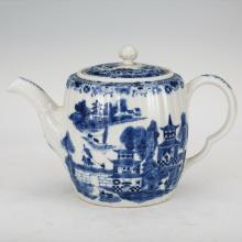 CHINESE BLUE AND WHITE LANDSCAPE TEA POT