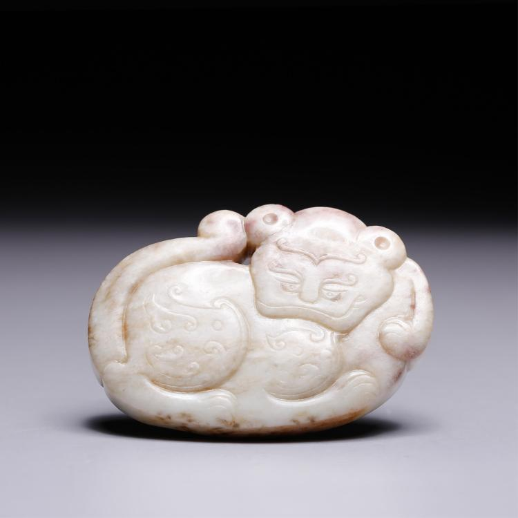 CHINESE JADE PENDANT CARVED FOOLION