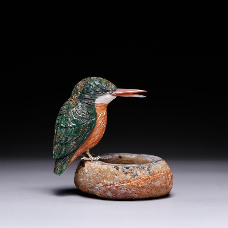 CHINESE CRYSTAL CARVED BIRD ON STAND