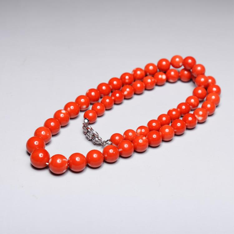 CHINESE CORAL BEADS NECKLACE