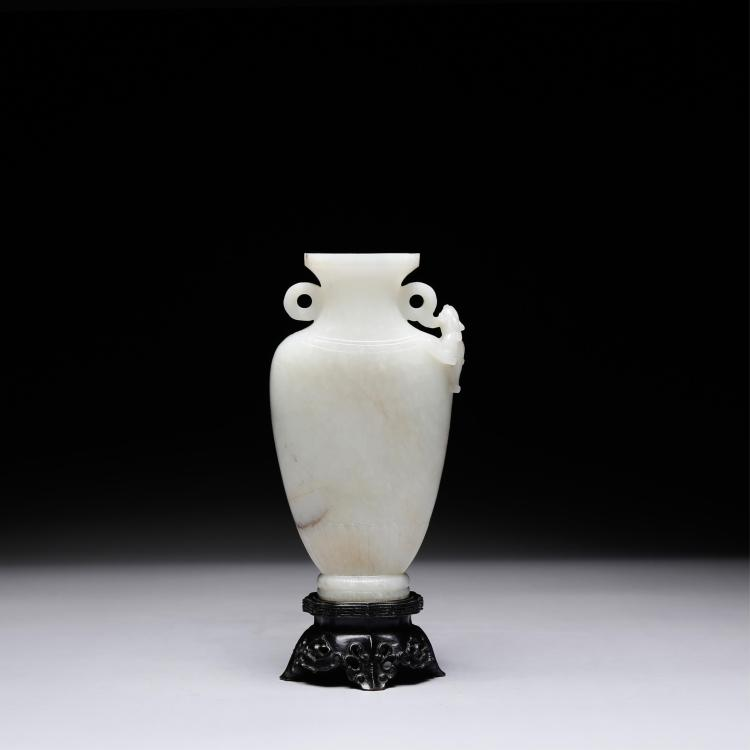 CHINESE JADE CARVED CHILONG FLOWER VASE