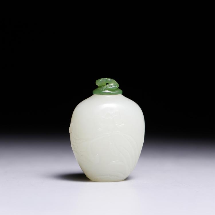 CHINESE WHITE JADE MINIATURE JAR