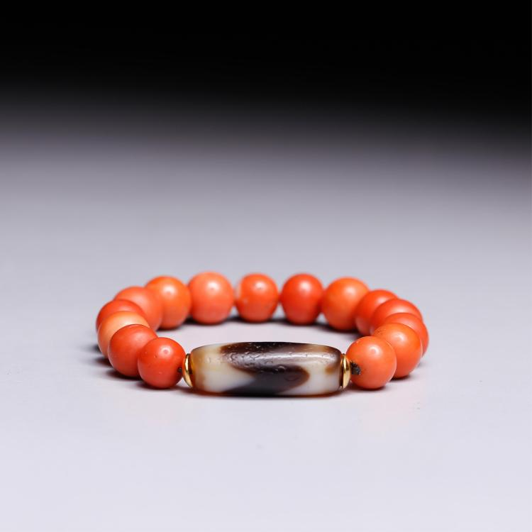 CHINESE CORAL AND DZI BEADS BRACELET