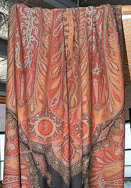 LARGE FRENCH HANDWOVEN WOOL AND SILK PAISLEY SHAWL, CIRCA 1860, 156 WIDTH X 350CM LENGTH