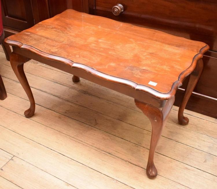 A QUEEN ANNE STYLE COFFEE TABLE