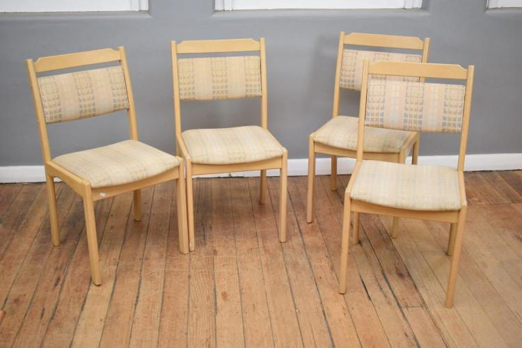 A SET OF EIGHT DANISH STYLE DINING CHAIRS INCLUDING TWO CARVERS