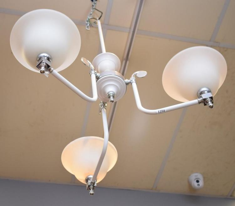 A MODERN THREE BRANCH FROSTED GLASS LIGHT FITTING