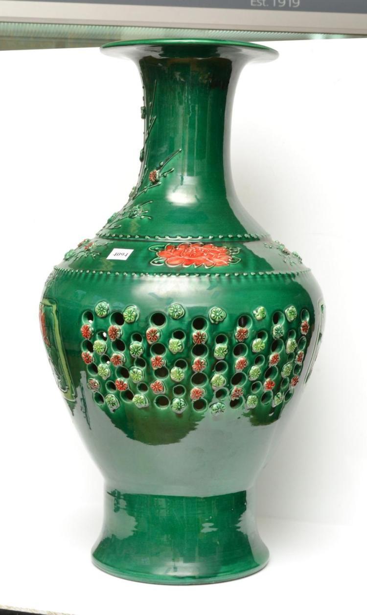 A LARGE CHINESE GREEN GLAZED VASE