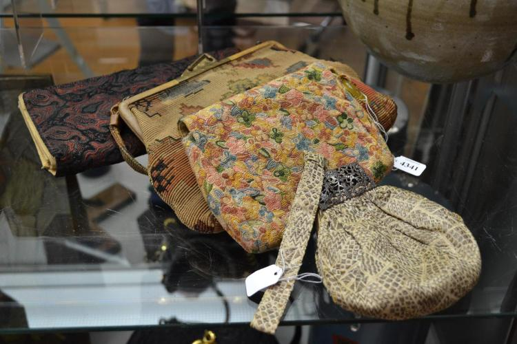 WOVEN LADIES VINTAGE BAGS AND CLUTCHES INCL. FILIGREE AND SNAKESKIN CLASPS. ONE WITH GEOMETRIC METALLIC BROCADE