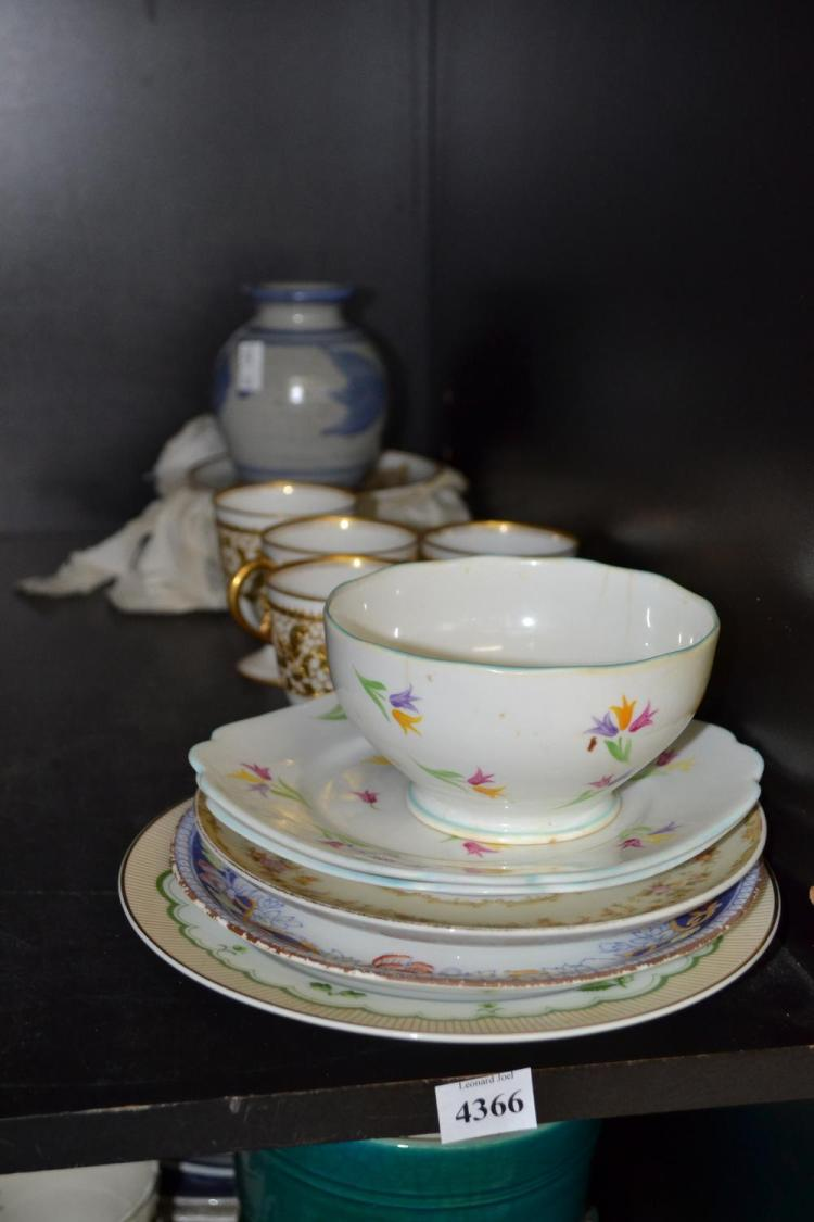 A COLLECTION OF PORCELAIN INCL. NORITAKE