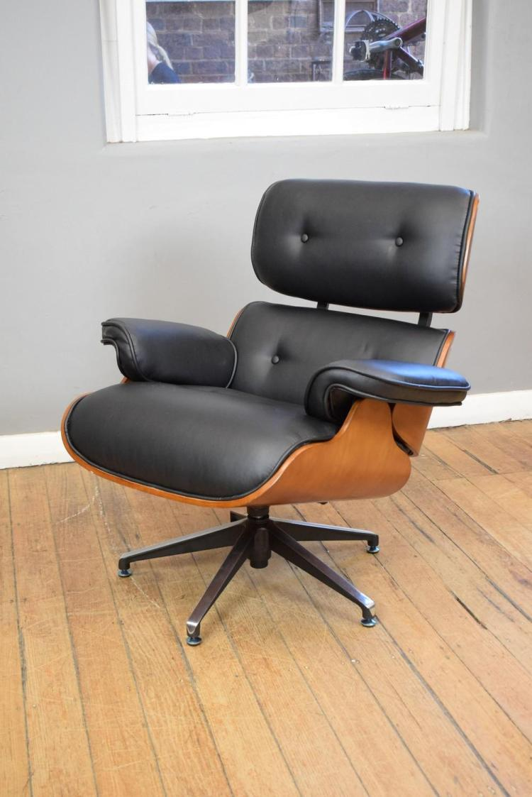 A replica eames easy chair for Eames chair replica uk