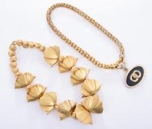 A COLLECTION OF GOLD COLOURED COSTUME JEWELLERY