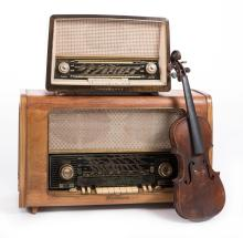 TWO MID CENTURY EUROPEAN RADIOS, SCHAUB LORENZ, LOEWE OPTA LUXUS AND A HOPF VIOLIN SHELL
