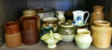 A SHELF OF POTTERY INCLUDING BENDIGO