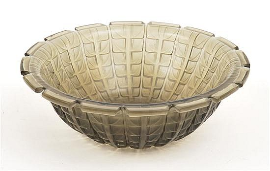 A RENE LALIQUE ACACIA No 3 PATTERN GREY PATINATED GLASS BOWLMODEL INTRODUCED 1928