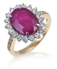 A BURMESE RUBY AND DIAMOND CLUSTER RING