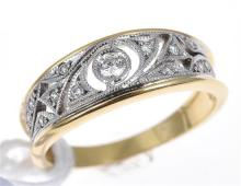 A DIAMOND SET DRESS RING WITH MILLEGRAIN DETAIL, IN TWO-TONE 18CT GOLD