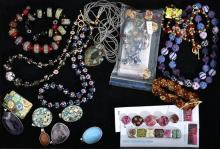 A SELECTION OF BEADS INCLUDING CLOISONNE AND HAND MADE GLASS, MAINLY NECKLACES AND BRACELETS