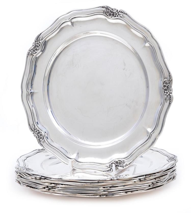 A SET OF TWELVE STERLING SILVER UNDER PLATES A. F. RASMUSSEN / DENMARK/ CIRCA 1940