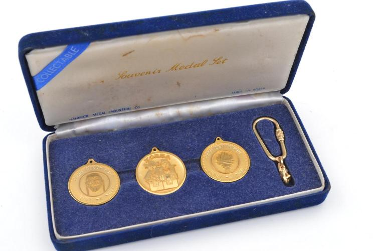 1988 SEOUL OLYMPIC GAMES MEDAL BOX SET COMPRISING OF THREE COLLECTABLE MEDALS