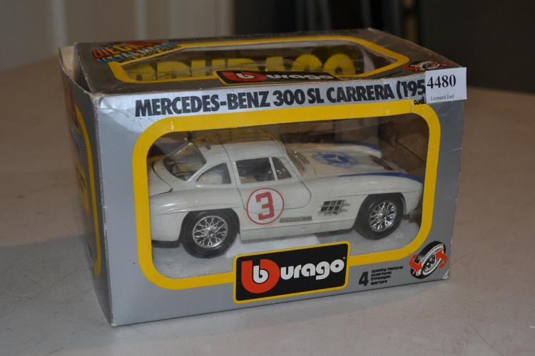 BURAGO MERCEDES-BENZ 300SL CARRERA, (BOX DAMAGED)