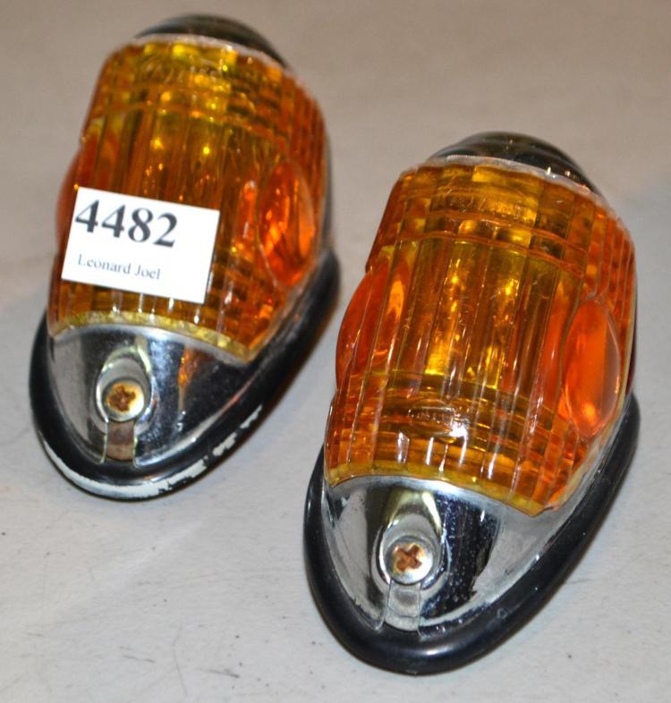 MERCEDES-BENZ 180 W110 PONTON FENDER INDICATORS
