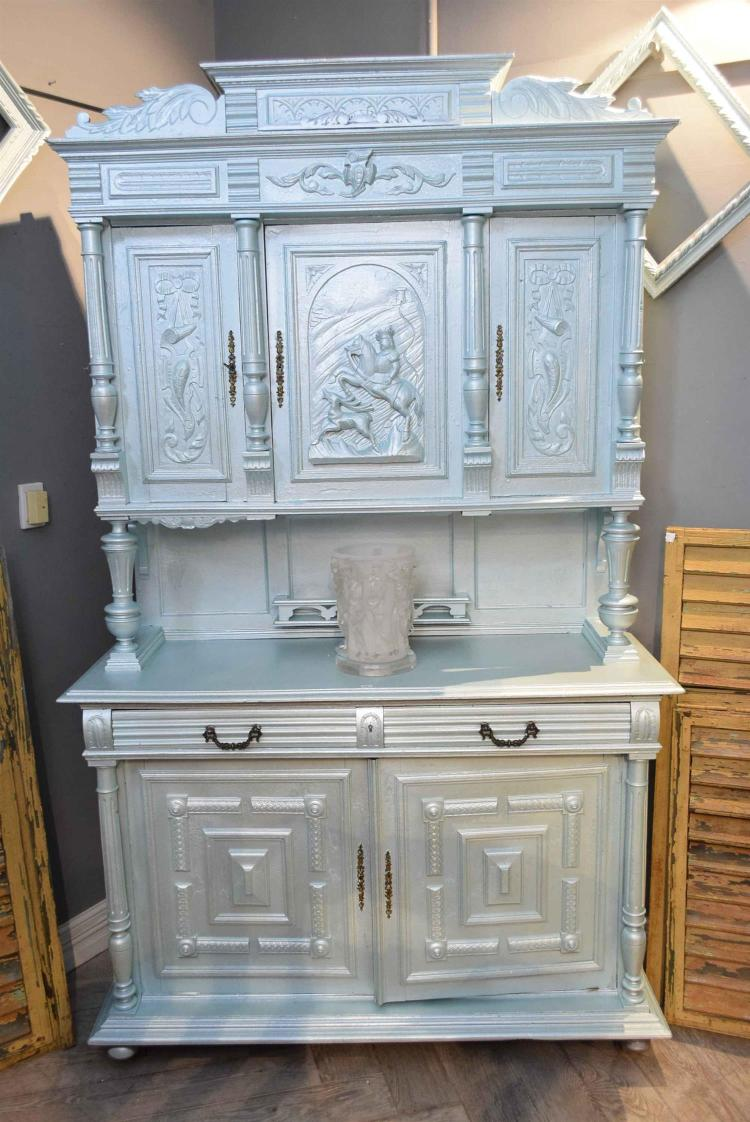 AN EDWARDIAN BLUE METALLIC PAINTED CABINET (faults to paint)
