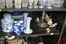 A PART SHELF OF BLUE AND WHITE GLAZED CERAMICS, INCLUDING VASES, DISHES AND PLATES