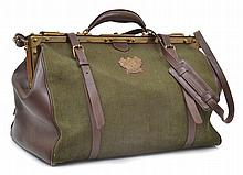 A GENTLEMAN'S TRAVEL BAG BY PRIZMIC & BRILL IN CANVAS AND LEATHER