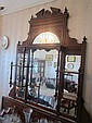 AN EDWARDIAN MAHOGANY OVERMANTLE MIRROR WITH MULTIPLE MIRRORED PANELS, 131 HIGH X 125 WIDE CM