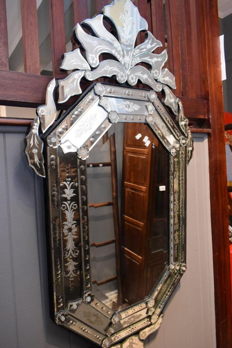A venetian style bevelled wall mirror for Venetian style home