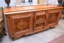 AN ART DECO STYLE FRENCH MAHOGANY PARQUETRY TOP THREE SECTIONAL SIDEBOARD (WITH LOSSES TO HANDLES) (207w x 100h x 53d)