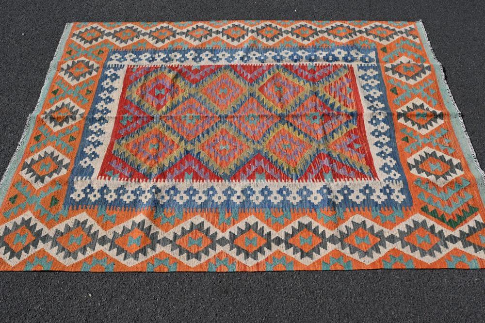 A 100% WOOLLEN AFGHAN KILIM, HAND WOVEN, IN NATURAL VIBRANT VEGETABLE DYES (240 X 179 CM)