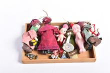 A COLLECTION OF DOLLS INCL CUPIE