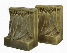 MELROSE WARE FIGURAL BOOKENDS WITH GUMNUT AND LEAF