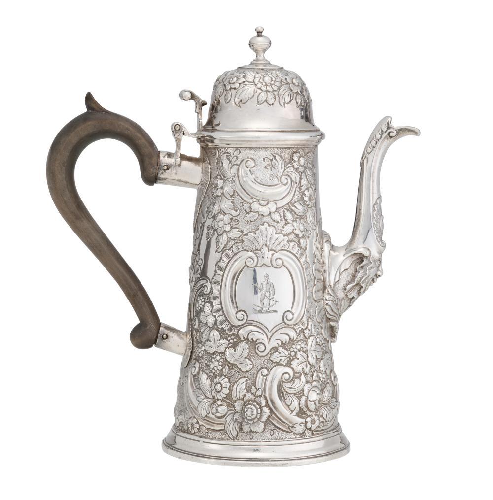 A QUEEN ANNE BRITANNIA SILVER COFFEE POT BY NATHANIEL LOCK, LONDON, CIRCA 1705 637gms Britannia silver (including handle)
