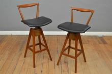 A PAIR OF 1960s AUSTRALIAN T.H BROWN BAR STOOLS (completely restotred with new seats)