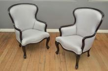A PAIR OF CONTEMPORARY BERGERES IN GREY UPHOLSTERY